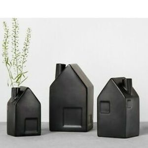 3 Hearth and hand with magnolia bud vases - black